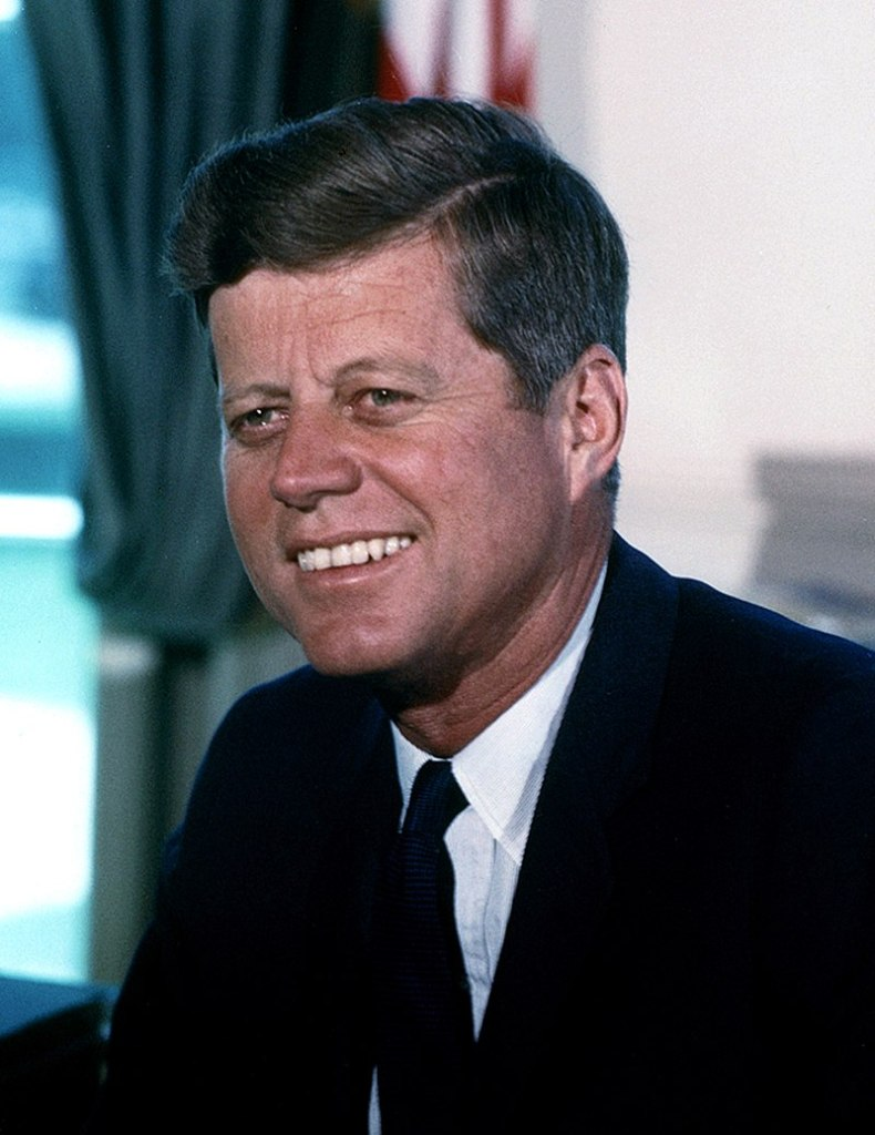 This image has an empty alt attribute; its file name is john_f._kennedy_white_house_by-cecil-stoughton.jpg